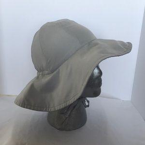 I Play UPF 50+ toddler hat (2-4 years). Light gray